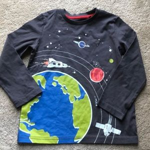 🌟new Mini Boden boys space t shirt 4-5